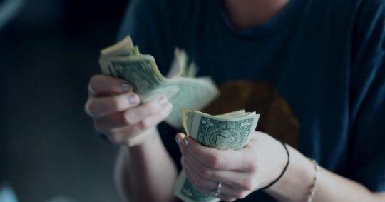 Vänta inte på pengar